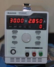 Programmable Regulated DC Power Supply 30V 5A HY3005P with Output Switch